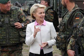 وزیر دفاع آلمان از نظامیان مستقر در افغانستان بازدید کرد