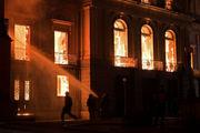 موزه ملی برزیل آتش گرفت