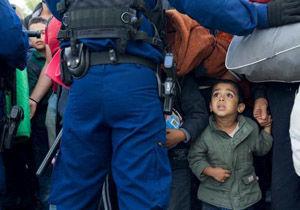 افزایش شمار نظامیان آمریکایی مستقر در مرزهای آمریکا برای مقابله با مهاجران