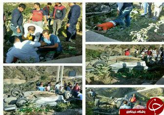 4 زخمی در واژگونی خودروی حامل اتباع خارجی + تصاویر