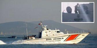 اقدام عجیب قایق نظامی ترکیه در شرق دریای اژه