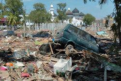 آخرین آمار از تلفات زلزله اندونزی