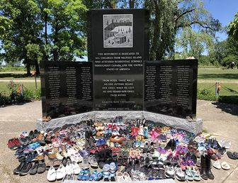 تراژدی قتل عام کودکان بومی کانادا در آینه حقوق بشر