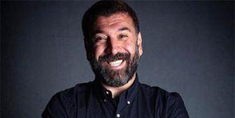 وقتی مصاحبه علی انصاریان اشک مجری را درآورد+ فیلم