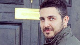 سلفی  محمدرضا غفاری در پشت بام /عکس