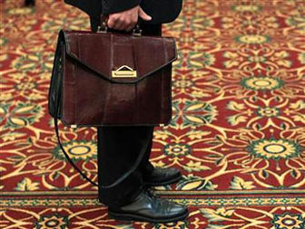 Lackluster economy shows stronger pulse