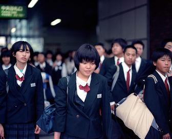 نرخ عجیب و غریب خودکشی میان دانش آموزان ژاپنی