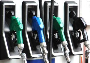 سه روایت از کمبود بنزین سوپر در جایگاهها
