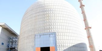 بازدید کمیته هستهای مجلس از تاسیسات آب سنگین و راکتور اراک