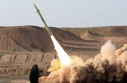 شلیک موشک بالستیک ارتش یمن به مواضع متجاوزان سعودی