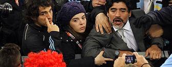 """مارادونا: این شکست مثل خوردن مشت از """" محمدعلیکلی """" بود"""