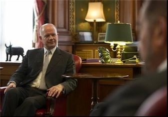 تاکید وزیر خارجه انگلیس بر لزوم اعطای کمک مالی به اوکراین