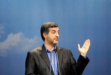 مشایی: احمدینژادکه آمد، گفتندبوی خمینی میدهد