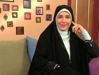 پیام خانم مجری خطاب به طبری/ عکس