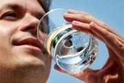 ضعف بینایی و کاهش حافظه با مصرف بیش از حد آب