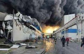 آتش سوزی در کارخانه طبیعت+عکس و فیلم