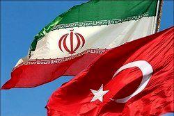 وزیر دفاع ترکیه خواستار تلاش مشترک با ایران برای جلوگیری از توسعه تنشها شد