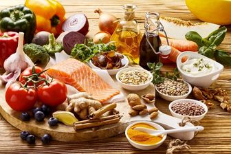 غذاهای مفید و مضر برای تیروئید پر کار + آموزش