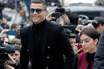 حضور «رونالدو» و نامزدش در دادگاه/ گزارش تصویری