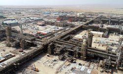 جبران کاهش درآمدهای نفتی با افزایش صادرات فراورده در کوتاه مدت