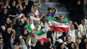 ایران – کامبوج؛ تماشاگر خانم بیشتر از آقا!