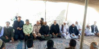 حضور سردار پاکپور در جمع عزاداران عاشورای حسینی در زاهدان