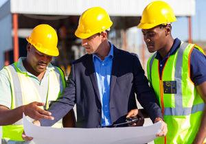 تبعیض نژادی در پرداخت حقوق کارمندان انگلیسی