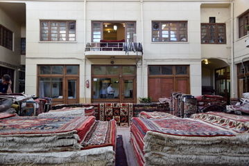 خواب سنگین بازار فرش/گزارش تصویری